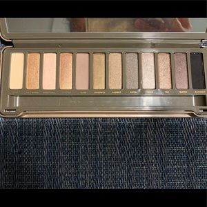 Naked 2- Urban Decay palette